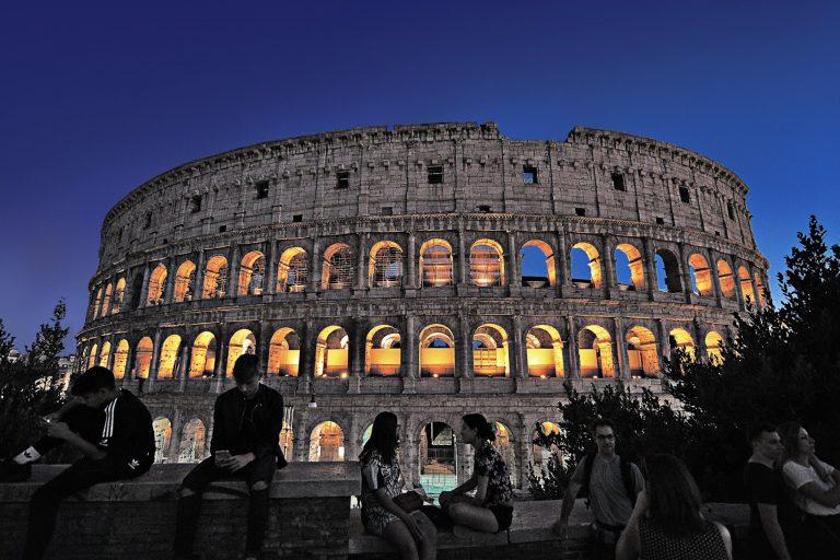 Frasi Celebri Su Roma Si Puo Descrivere Roma Con Un Unico