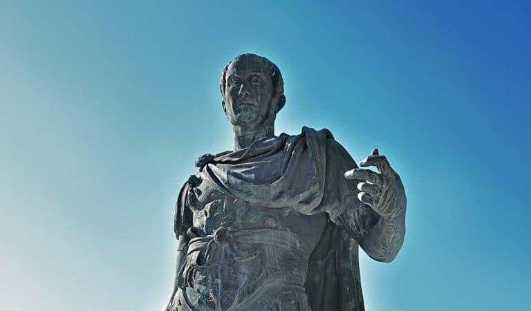 Le celebri frasi di  Giulio Cesare