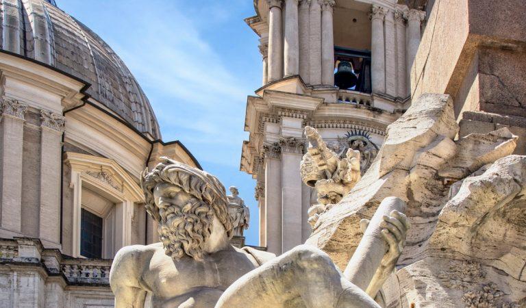 Piazza Navona e i suoi particolari